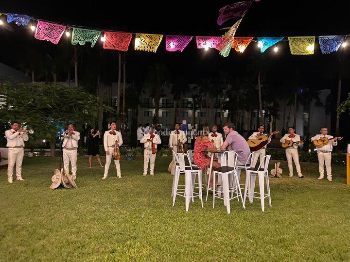 Noche de música mexicana
