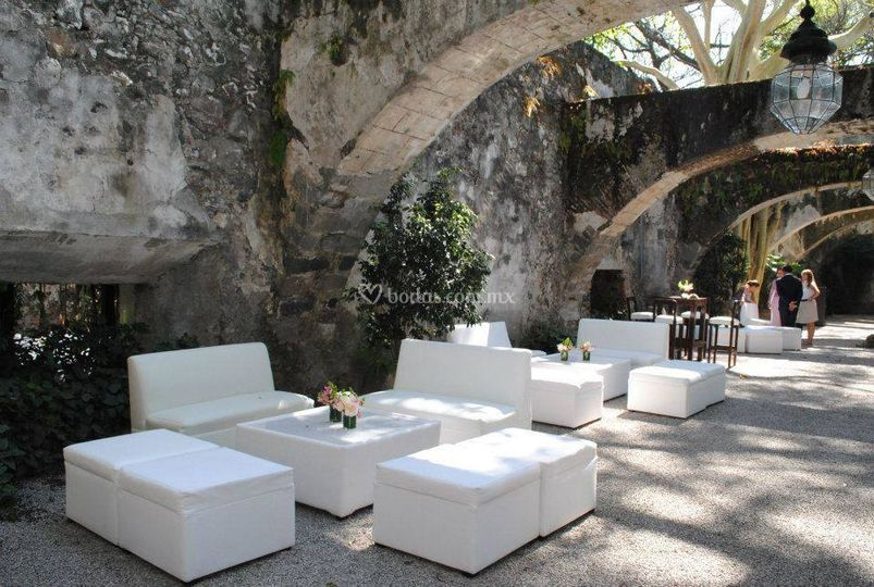 Sala con mobiliario