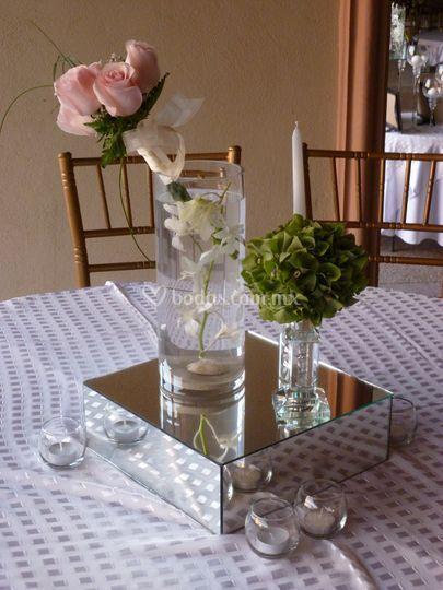Centro de mesa ramo  rosas