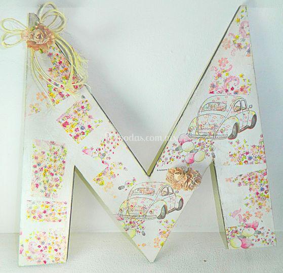 Letra decorada con servilleta