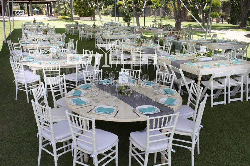 Cotill n fiestas y eventos for Mesas redondas plegables para eventos