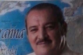 Jorge Aranna Tecladista y Cantante