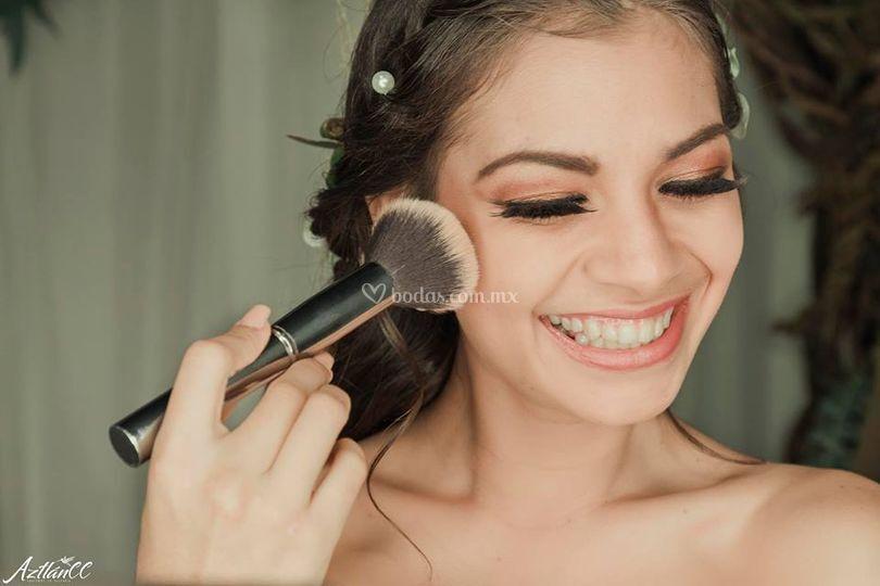 Airbrush & Make Up