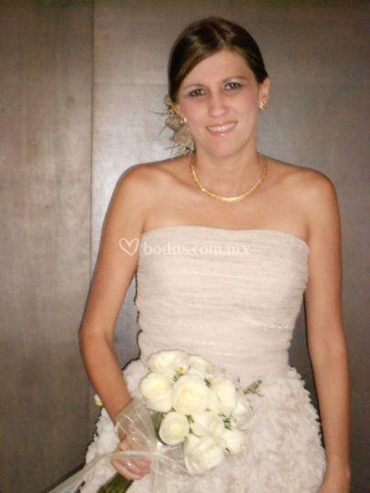 Linda novia airbrush