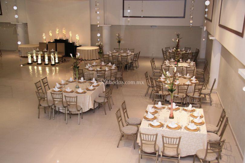 Vista mesa de invitados