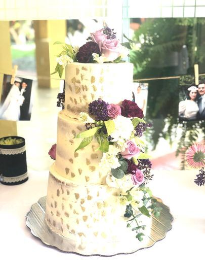 Nacked cake morado