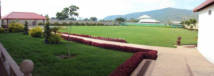 Vista Jardin Principal