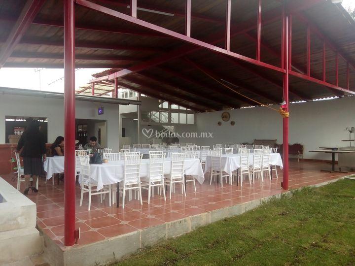 Terraza para 100 personas