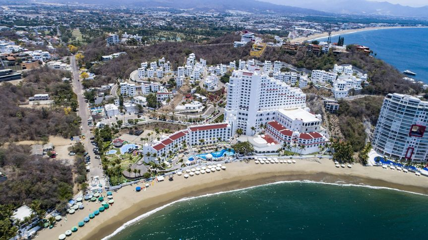 Hotel Tesoro Manzanillo Resorts