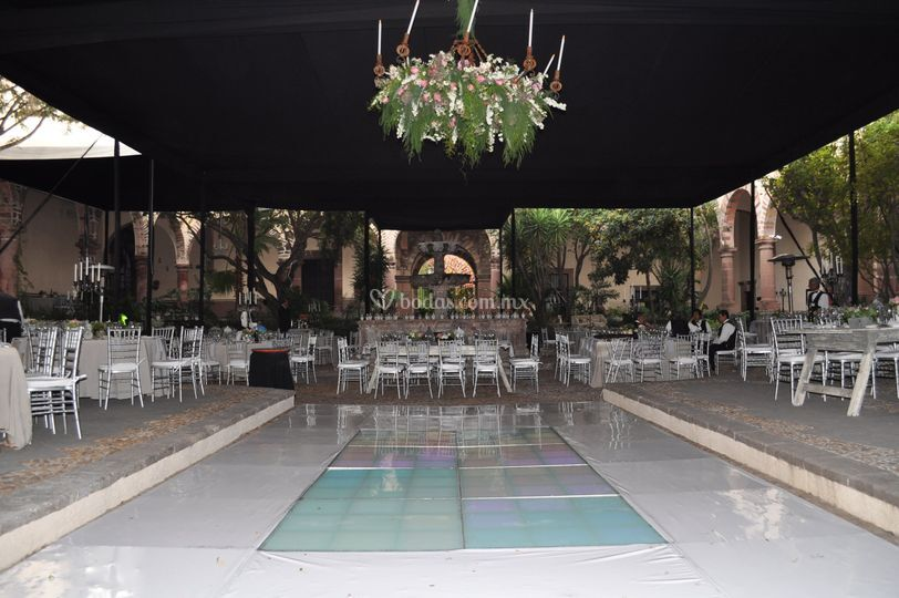 Decoración patio principal