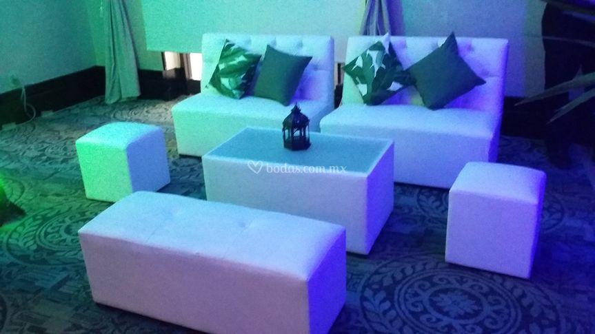 Montaje salones salas lounge