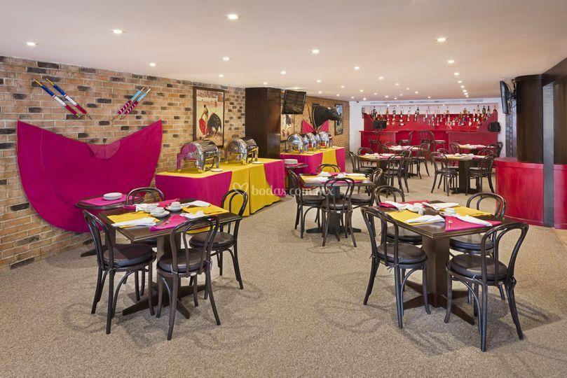 Capote Restaurant & Bar