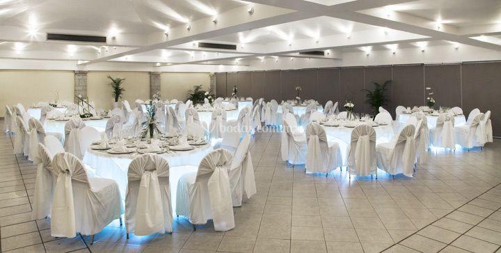 Salón con banquete