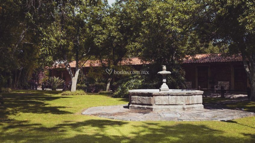 Jardín Caballerízas