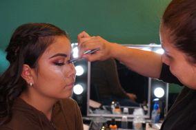 Izamar Makeup