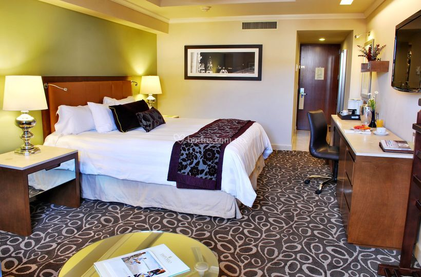 Habitación con cama King