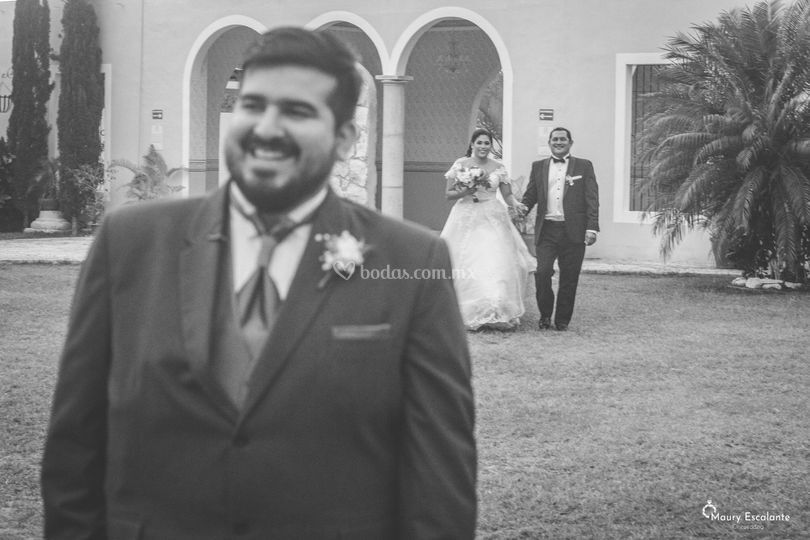 Maury Escalante Photo & Cinewedding