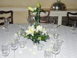 Centro de mesa de lilis