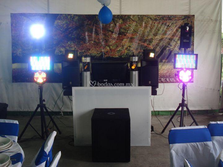 DJ /luz y sonido