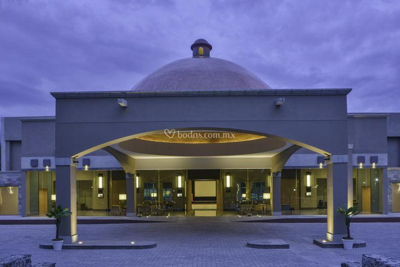 Salón jurica fachada