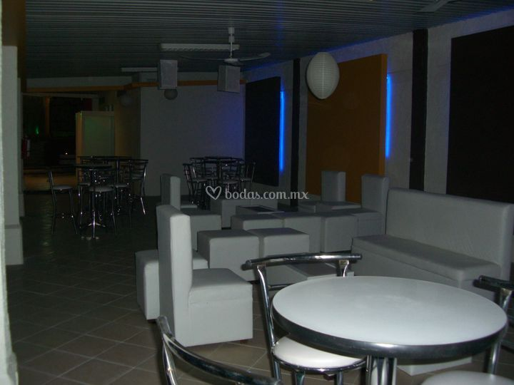 Sala lounge blanca