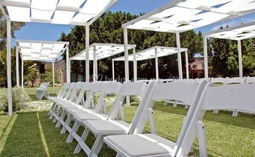 Mobiliario sillas blancas de La Mesa en Alquiler - Cuernavaca