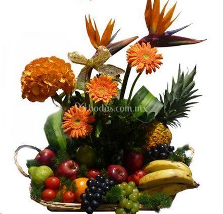 Arreglo con frutas