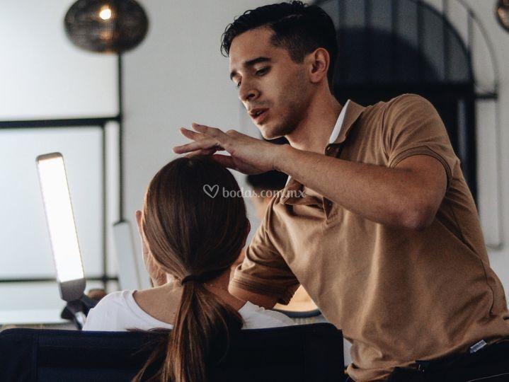 Genaro Virues Makeup Artist