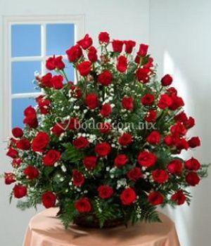 Decoración con rosas rojas