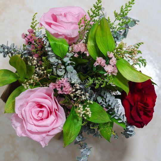 Bouquet de flores preservadas