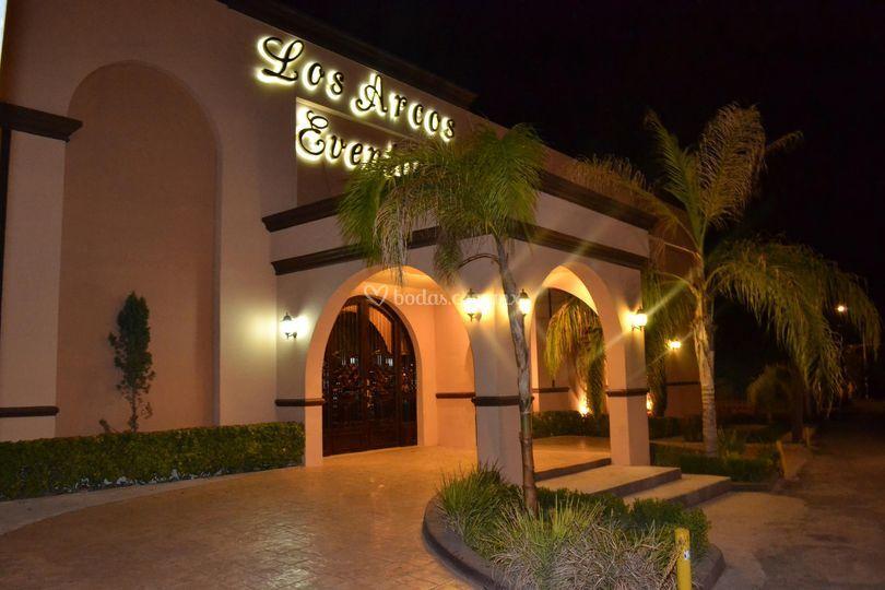 Los arcos for Salon villa jardin cuautitlan izcalli