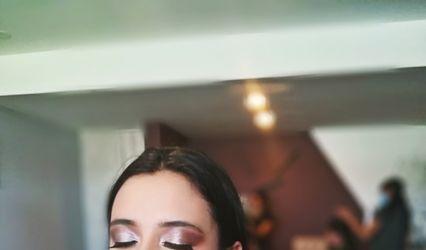 Ayra Makeup
