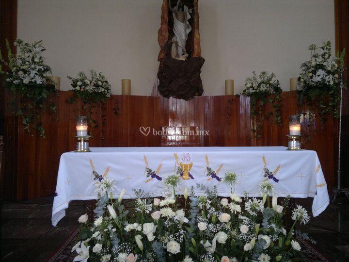 Boda clásica. Altar