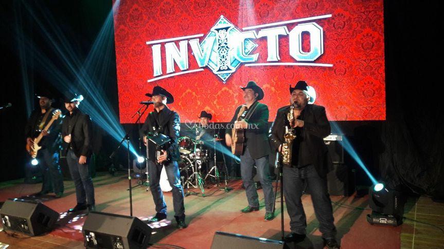 Los Invictos