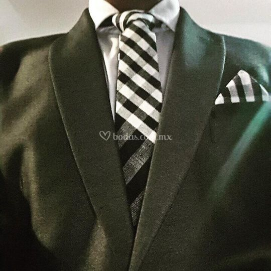 Corbata y pañuelo