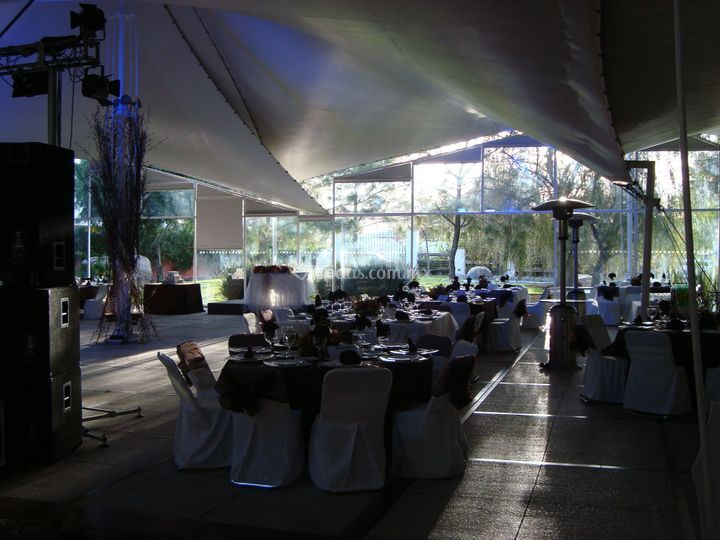 Giardino jard n de eventos for Salon de leon