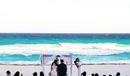 Yes I Do  Weddings & Travel