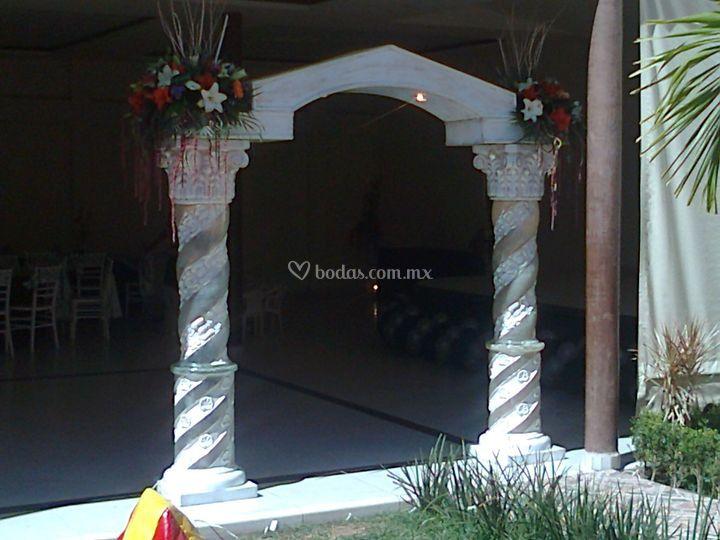 Arco para entrada del salón