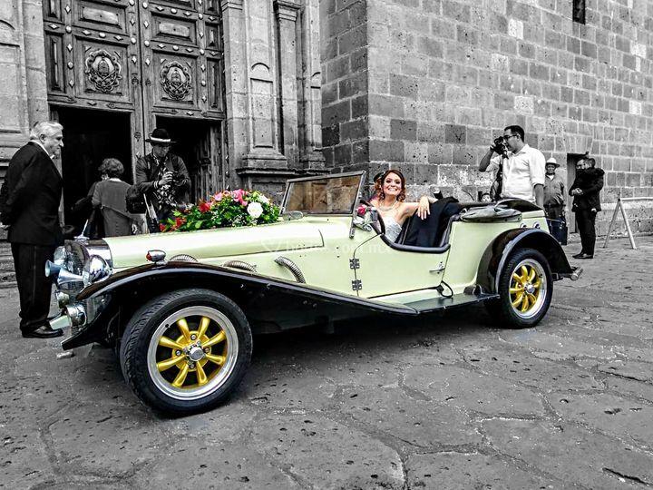 Mercedes Benz Gazelle Catedra