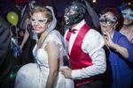 Todos a seguir a la novia
