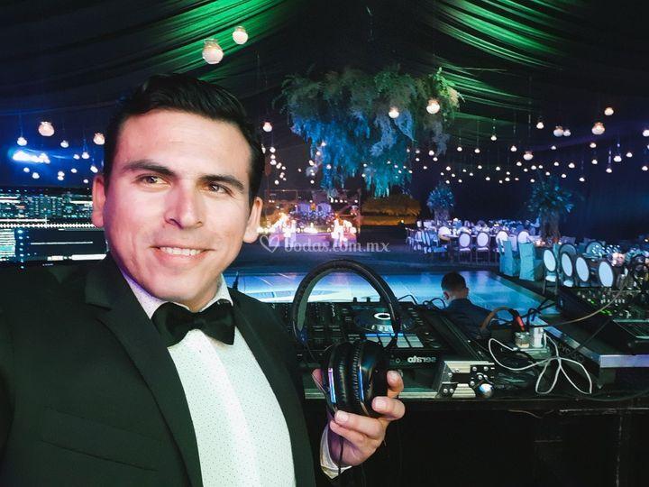 DJ Carlos Ferreyra