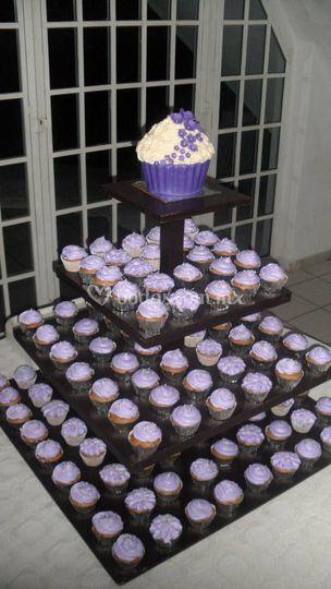 Mega cupcake y cupcakes