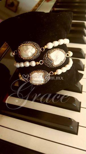 716b7527086f Pulsera perla pave de Grace C De Mode