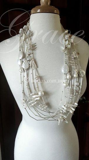 Collar largo perla barroca