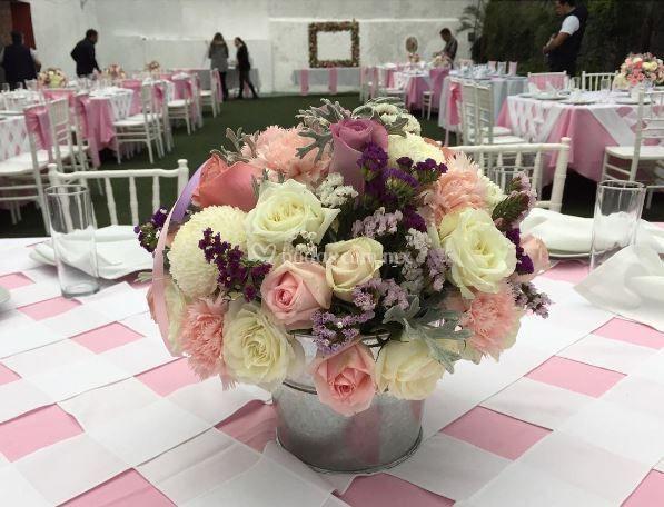 Arreglo floral para mesas