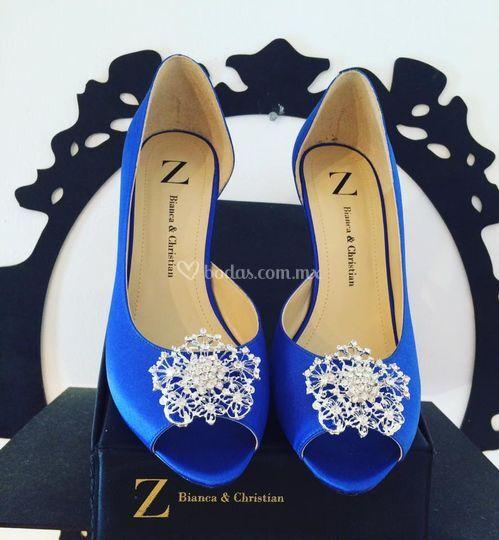Modelo en azul