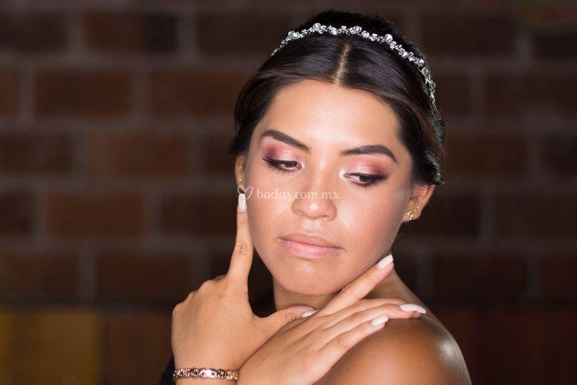 Cinthia León Makeup Artist
