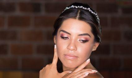 Cinthia León Makeup Artist 1
