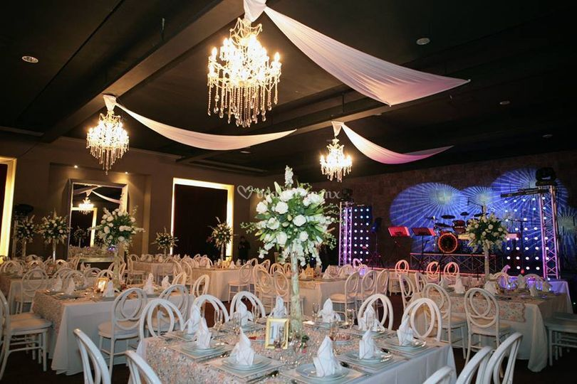 Ivonne Reyes Events Planner