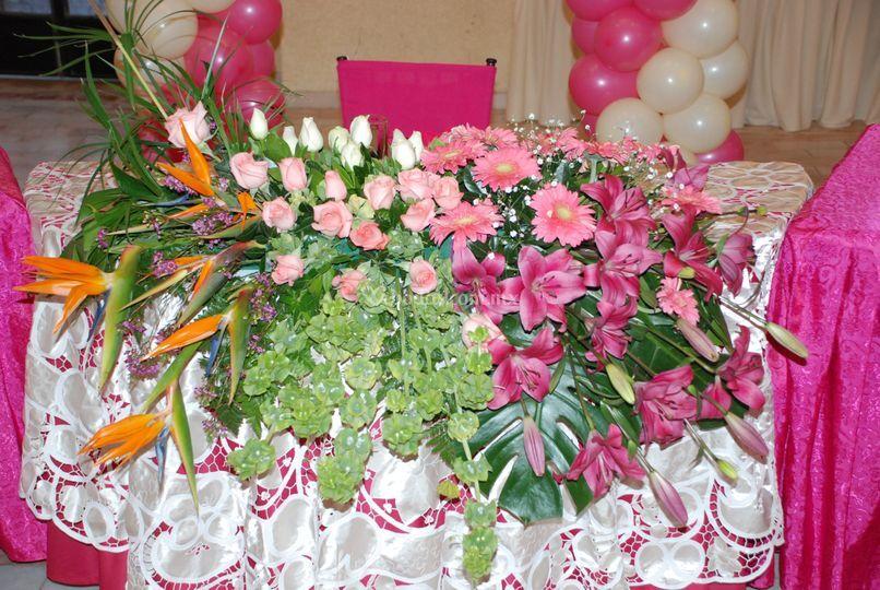 Arreglos florales de XV años